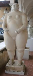 Big-Woman-sculpture