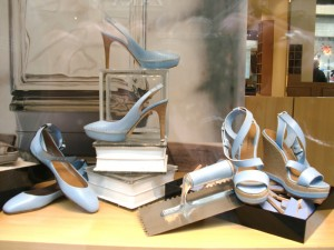 Blue-shoes-in-Florence