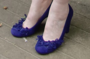 purple-shoes--wedding