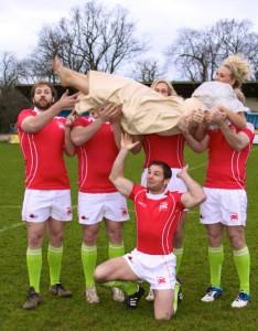 London-welsh-rugby-shoot-blog-throwing-Kate.2jpg